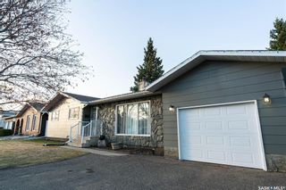 Photo 2: 9705 97th Drive in North Battleford: McIntosh Park Residential for sale : MLS®# SK848880