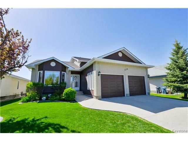 Main Photo: 279 Columbia Drive in Winnipeg: Whyte Ridge Residential for sale (1P)  : MLS®# 1712727