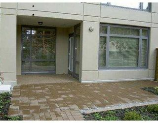 """Photo 8: 101 3660 VANNESS Avenue in Vancouver: Collingwood VE 1/2 Duplex for sale in """"CIRCA"""" (Vancouver East)  : MLS®# V789391"""