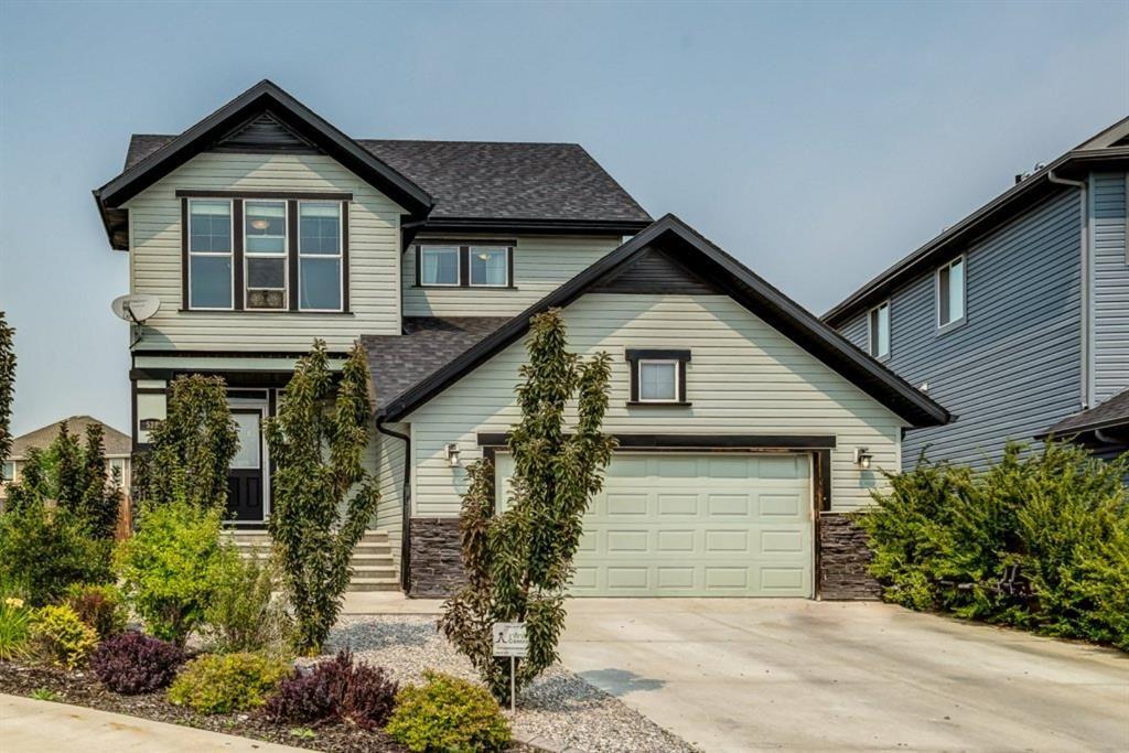 Main Photo: 529 Boulder Creek Green SE: Langdon Detached for sale : MLS®# A1130445