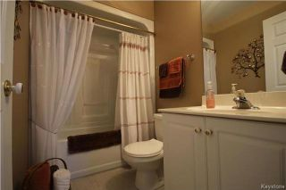 Photo 15: 205 Barlow Crescent in Winnipeg: River Park South Residential for sale (2F)  : MLS®# 1729915