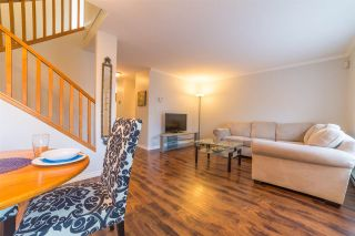 Photo 1: 9 20625 118 Avenue in Maple Ridge: Southwest Maple Ridge Townhouse for sale : MLS®# R2428262