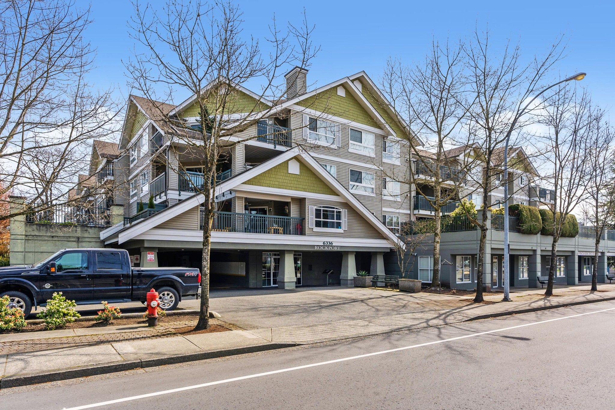 """Main Photo: 304 6336 197 Street in Langley: Willoughby Heights Condo for sale in """"ROCKPORT"""" : MLS®# R2561442"""