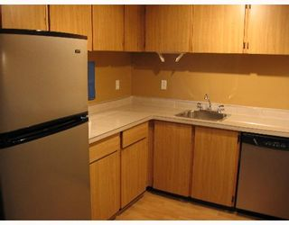 """Photo 5: 334 7293 MOFFATT Road in Richmond: Brighouse South Condo for sale in """"DORCHESTER CIRCLE"""" : MLS®# V644717"""