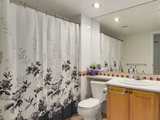 """Photo 12: 108 5800 ANDREWS Road in Richmond: Steveston South Condo for sale in """"VILLAS AT SOUTHCOVE"""" : MLS®# R2202832"""