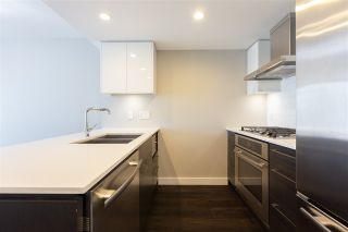 """Photo 8: 1206 1618 QUEBEC Street in Vancouver: Mount Pleasant VE Condo for sale in """"CENTRAL"""" (Vancouver East)  : MLS®# R2496831"""