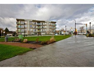 "Photo 20: 104 20460 DOUGLAS Crescent in Langley: Langley City Condo for sale in ""Serenade"" : MLS®# R2084656"