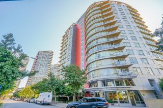 """Photo 35: 805 980 COOPERAGE Way in Vancouver: Yaletown Condo for sale in """"COOPERS POINTE by Concord Pacific"""" (Vancouver West)  : MLS®# R2614161"""