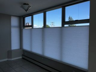 """Photo 3: 203 15466 NORTH BLUFF Road: White Rock Condo for sale in """"THE SUMMIT"""" (South Surrey White Rock)  : MLS®# R2371084"""