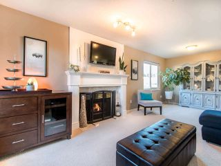 """Photo 2: 21664 50B Avenue in Langley: Murrayville House for sale in """"MURRAYVILLE"""" : MLS®# R2432446"""