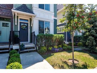 """Photo 4: 35 45462 TAMIHI Way in Chilliwack: Vedder S Watson-Promontory Townhouse for sale in """"Brixton Station"""" (Sardis)  : MLS®# R2596949"""