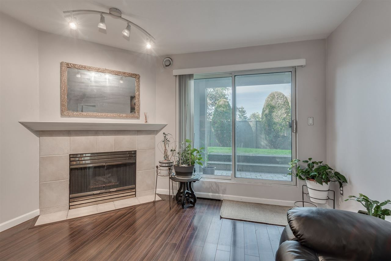 """Photo 7: Photos: 108 3733 NORFOLK Street in Burnaby: Central BN Condo for sale in """"Winchelsea"""" (Burnaby North)  : MLS®# R2400393"""