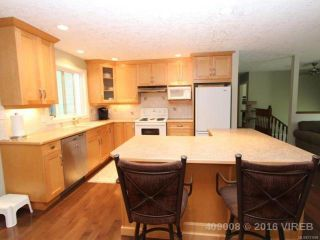 Photo 6: 1470 Dogwood Ave in COMOX: CV Comox (Town of) House for sale (Comox Valley)  : MLS®# 731808