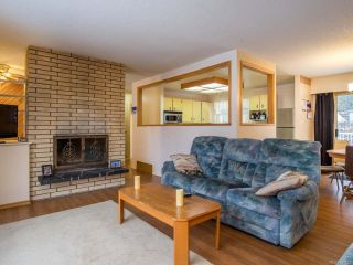 Photo 2: 3743 Uplands Dr in NANAIMO: Na Uplands House for sale (Nanaimo)  : MLS®# 831352