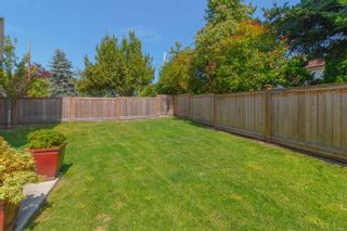 Photo 26: 3 2923 Shelbourne St in : Vi Oaklands Row/Townhouse for sale (Victoria)  : MLS®# 850799