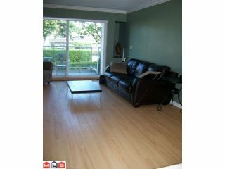 """Photo 4: 102 2229 152ND Street in Surrey: Sunnyside Park Surrey Condo for sale in """"Semiahmoo Court"""" (South Surrey White Rock)  : MLS®# F1113300"""