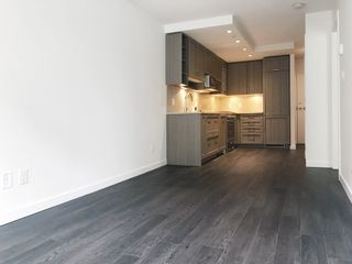 Photo 7: 318 5665 BOUNDARY Road in Vancouver: Collingwood VE Condo for sale (Vancouver East)  : MLS®# R2551918
