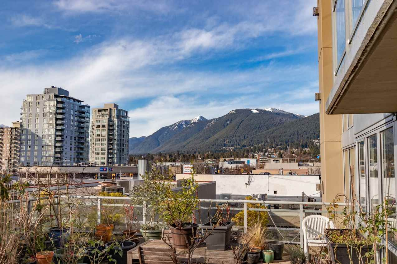 """Main Photo: 306 108 E 14TH Street in North Vancouver: Central Lonsdale Condo for sale in """"THE PIERMONT"""" : MLS®# R2548715"""