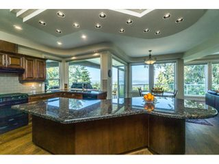 Photo 13: 12929 CRESCENT ROAD in Surrey: Crescent Bch Ocean Pk. House for sale (South Surrey White Rock)  : MLS®# R2456351