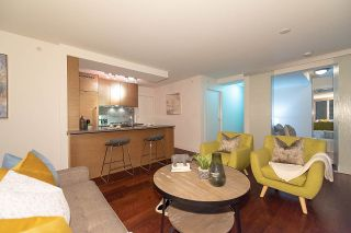 """Photo 6: 1907 565 SMITHE Street in Vancouver: Downtown VW Condo for sale in """"VITA"""" (Vancouver West)  : MLS®# R2298789"""