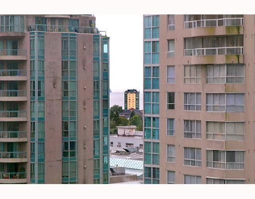 """Photo 10: Photos: 1201 1288 W GEORGIA Street in Vancouver: West End VW Condo for sale in """"RESIDENCES ON GEORGIA"""" (Vancouver West)  : MLS®# V662546"""