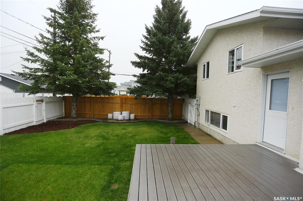 Photo 44: Photos: 206 1st Avenue North in Warman: Residential for sale : MLS®# SK796281
