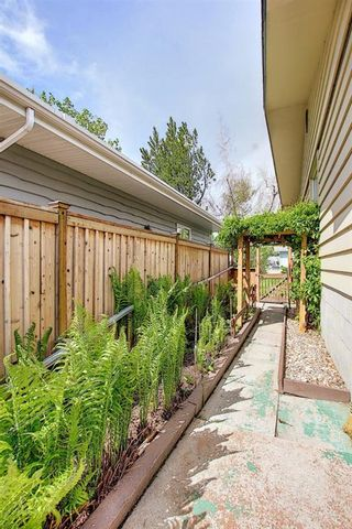Photo 36: 2952 Lindsay Drive SW in Calgary: Lakeview Detached for sale : MLS®# A1115175
