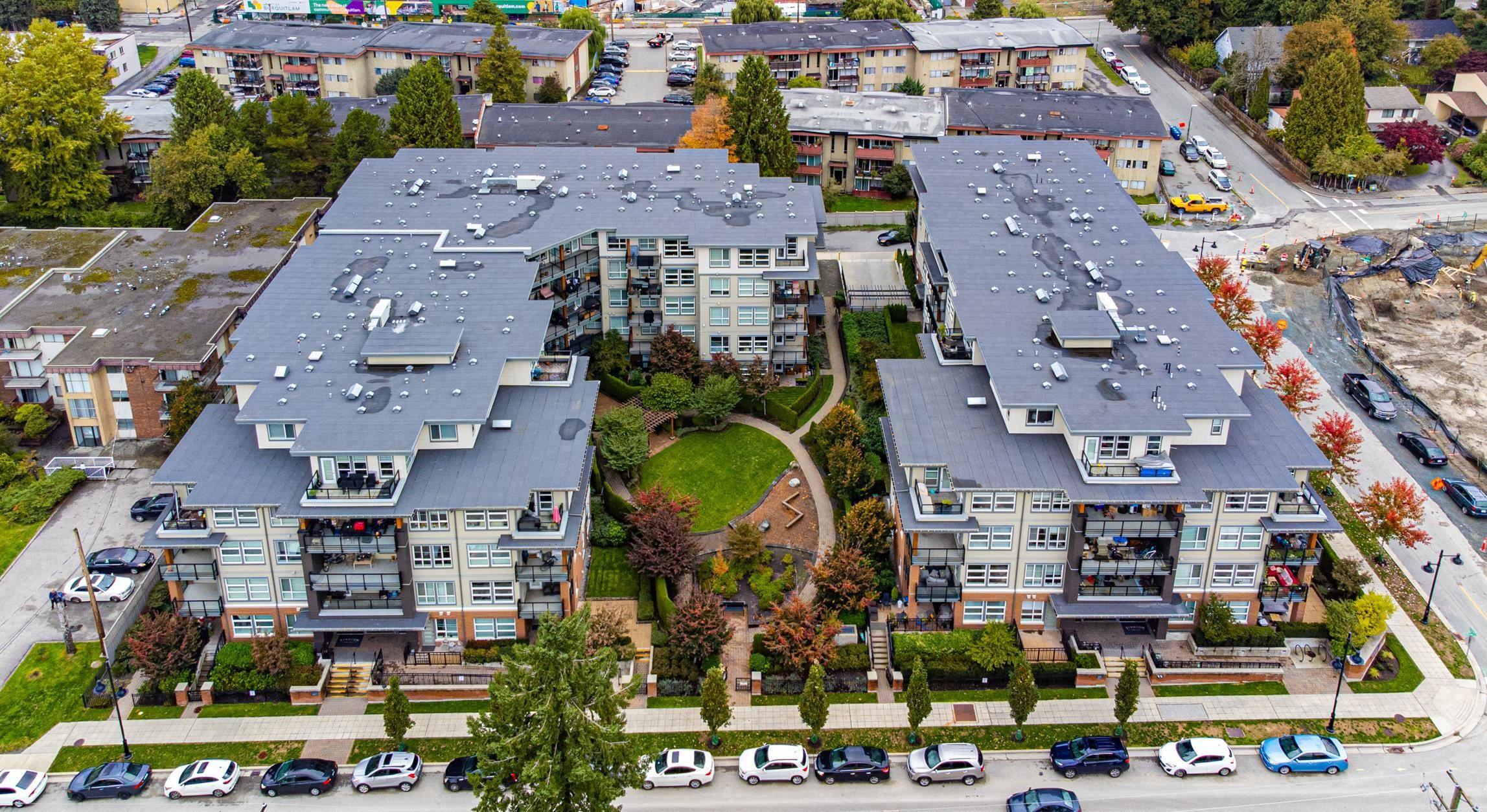 "Main Photo: 210 607 COTTONWOOD Avenue in Coquitlam: Coquitlam West Condo for sale in ""STANTON HOUSE"" : MLS®# R2625460"