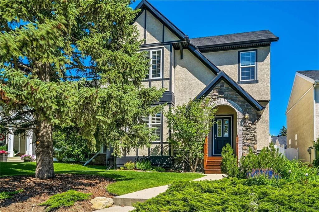 Main Photo: 14 YPRES Green SW in Calgary: Garrison Woods Detached for sale : MLS®# C4255658