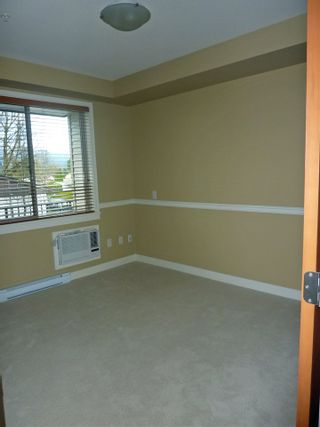 "Photo 12: 217 11887 BURNETT Street in Maple Ridge: East Central Condo for sale in ""WELLINGTON STATION"" : MLS®# R2125970"
