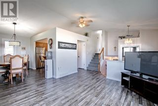 Photo 7: 95 Castle Crescent in Red Deer: House for sale : MLS®# A1144675
