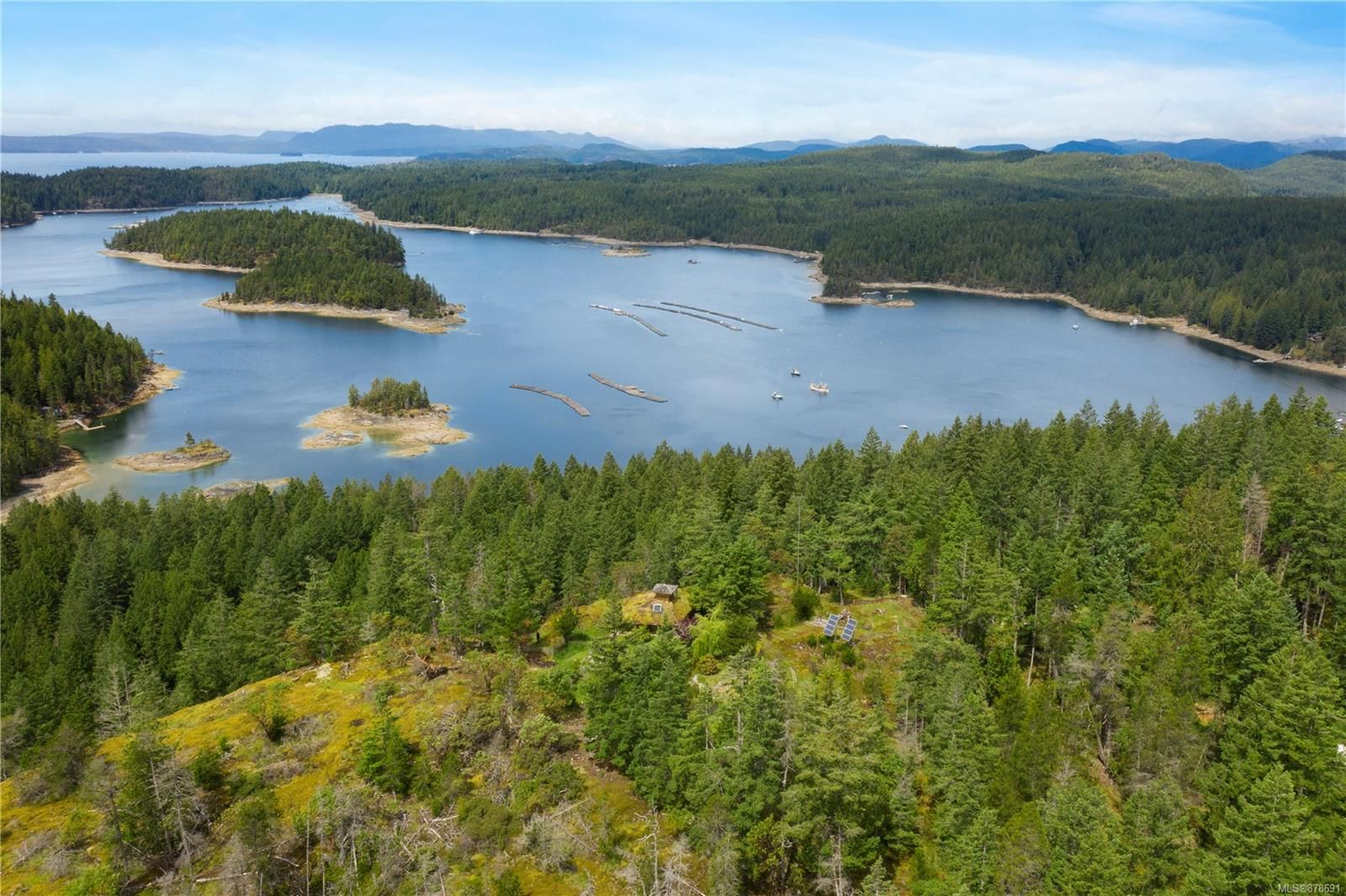 Photo 3: Photos: 979 Thunder Rd in : Isl Cortes Island House for sale (Islands)  : MLS®# 878691