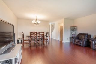 "Photo 4: 2 8711 GENERAL CURRIE Road in Richmond: Brighouse South Townhouse for sale in ""ROSEMONT COURT"" : MLS®# R2571532"