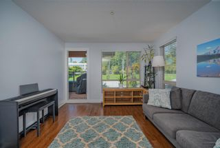 """Photo 3: 305 500 ROYAL Avenue in New Westminster: Downtown NW Condo for sale in """"Dominion"""" : MLS®# R2617235"""