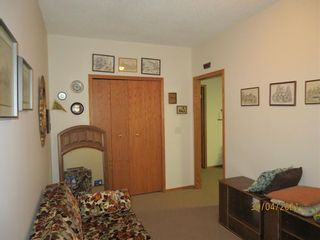 Photo 30: 24 Shannon Estates Terrace SW in Calgary: Shawnessy Row/Townhouse for sale : MLS®# A1102178