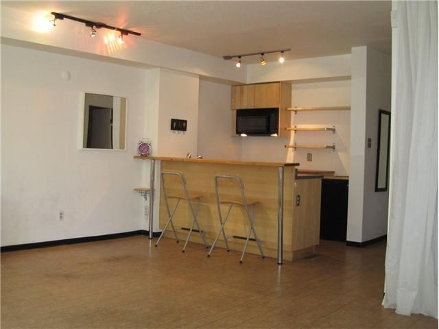 Main Photo: 106 1333 Hornby Street in : Downtown VW Condo for sale : MLS®# V914808