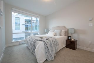 """Photo 8: TH1 1768 GILMORE Avenue in Burnaby: Willingdon Heights Townhouse for sale in """"Escala"""" (Burnaby North)  : MLS®# R2418211"""