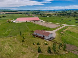 Main Photo: 482074 144 Street W: Rural Foothills County Detached for sale : MLS®# A1118165