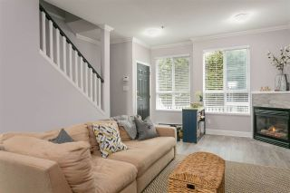 """Photo 3: 46 2728 CHANDLERY Place in Vancouver: Fraserview VE Townhouse for sale in """"RIVERSIDE GARDENS"""" (Vancouver East)  : MLS®# R2243522"""