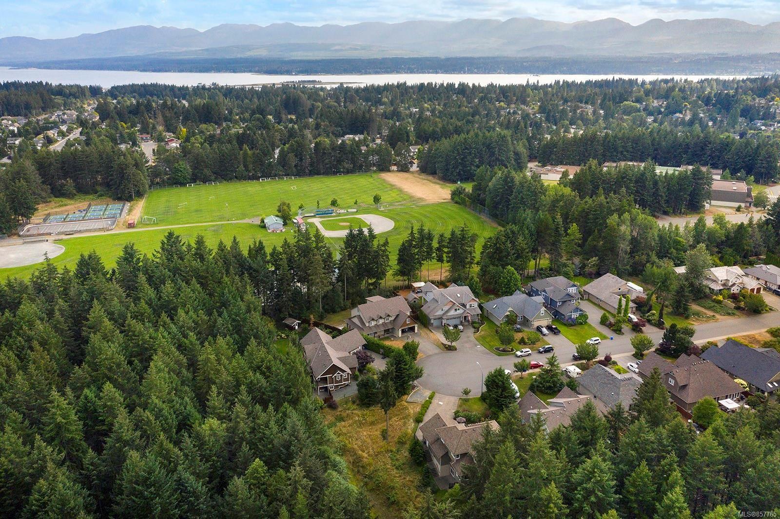 Photo 48: Photos: 1516 Highridge Dr in : CV Comox (Town of) House for sale (Comox Valley)  : MLS®# 857765