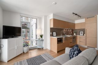 """Photo 8: 808 565 SMITHE Street in Vancouver: Downtown VW Condo for sale in """"Vita"""" (Vancouver West)  : MLS®# R2575019"""