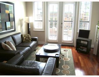 """Photo 3: 2951 LAUREL Street in Vancouver: Fairview VW Townhouse for sale in """"BROWNSTONE"""" (Vancouver West)  : MLS®# V702264"""