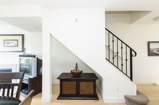 Photo 3: 106 1855 Stainsbury Avenue in Vancouver: Victoria VE Townhouse for sale (Vancouver East)  : MLS®# V1128908