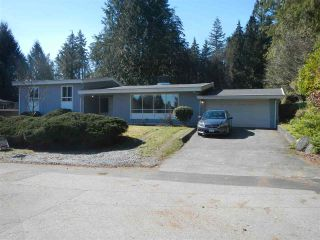 Photo 2: 1856 WINDERMERE Avenue in Port Coquitlam: Oxford Heights House for sale : MLS®# R2346819