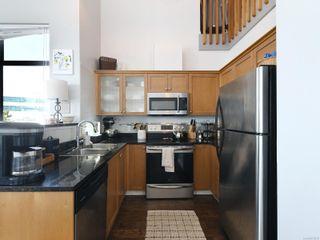 Photo 8: 410 820 Short St in : SE Quadra Condo for sale (Saanich East)  : MLS®# 875676