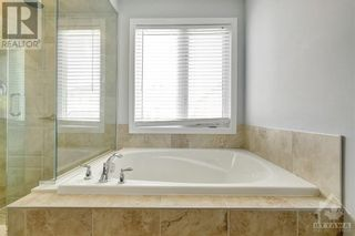 Photo 16: 137 FLOWING CREEK CIRCLE in Ottawa: House for sale : MLS®# 1265124