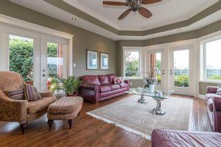Photo 8: 2206 Woodhampton Rise in Langford: La Bear Mountain House for sale : MLS®# 886945