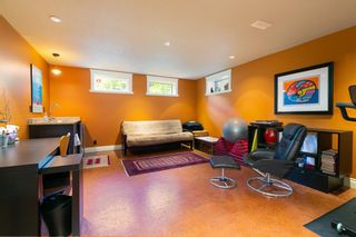 Photo 25: 87 Wildwood Drive SW in Calgary: Wildwood Detached for sale : MLS®# A1126216