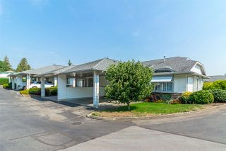 """Photo 2: 27 3055 TRAFALGAR Street in Abbotsford: Central Abbotsford Townhouse for sale in """"Glenview Meadows"""" : MLS®# R2301122"""