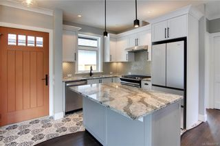 Photo 36: 11317 Hummingbird Pl in North Saanich: NS Lands End House for sale : MLS®# 839770